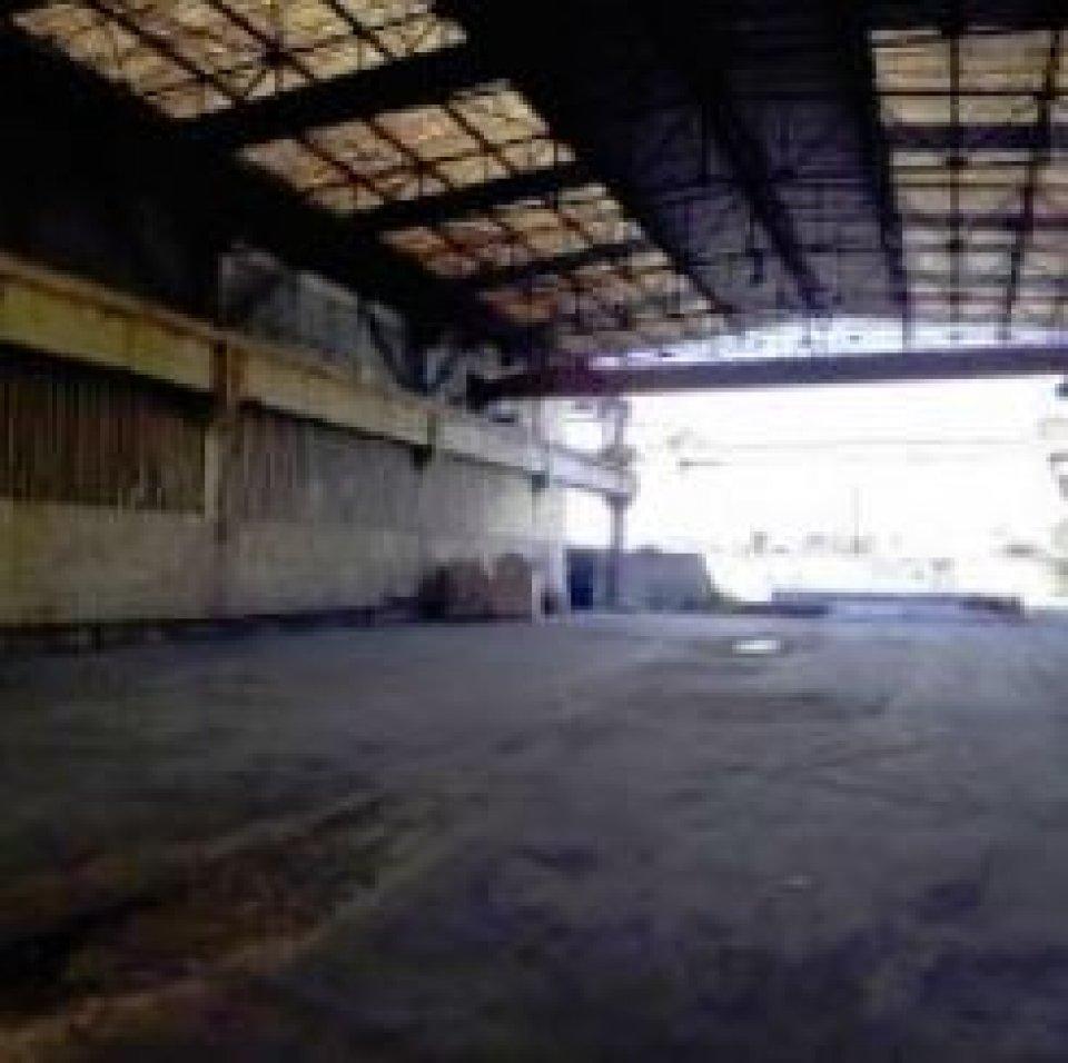 LOCAL D'ACTIVITÉ - ENTREPÔT à Louer à MARSEILLE-13
