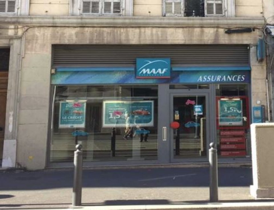 LOCAL COMMERCIAL &agrave; Louer<br>MARSEILLE -