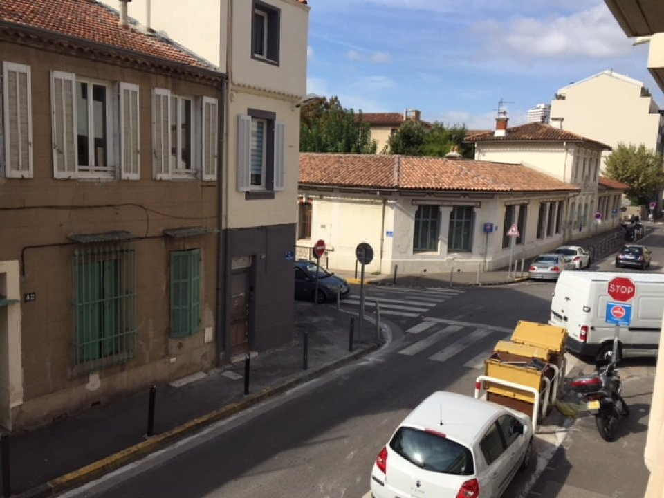 BUREAUX à Vendre à Marseille -13