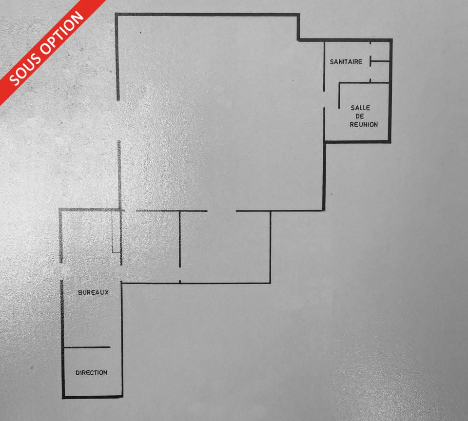 LOCAL COMMERCIAL à Louer à VITROLLES-13
