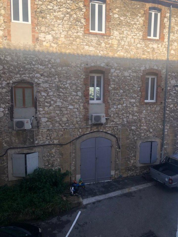 LOCAL D'ACTIVITÉ<br>ENTREPÔT à Louer<br>MARSEILLE -